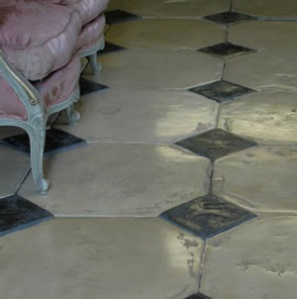 Organicstone - Atelier - Antique Cotswold Limestone - Grand Cabochon Flagstones - Engineered Stone Flooring