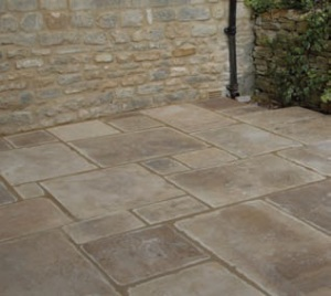Organicstone - Atelier - Antique Cotswold Limestone - Random Flagstones - Engineered Stone Flooring 2