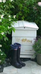 Organicstone - RHS Chelsea 2014 Honeycomb Pathway & Beehive Pic1