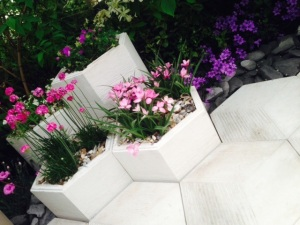 Organicstone - RHS Chelsea 2014 Honeycomb Pathway & Beehive Pic3