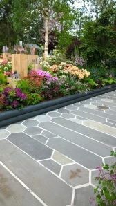 Organicstone - RHS Chelsea 2014 Honeycomb Pathway & Beehive Pic8